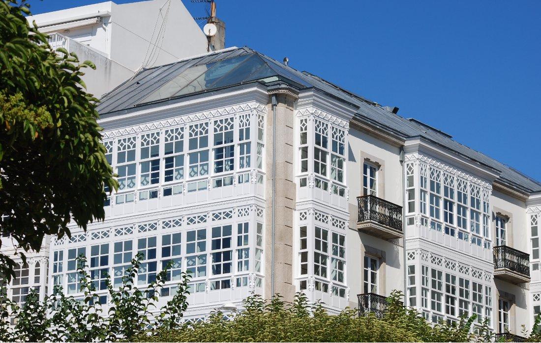 Edificios de viviendas en la Marina (A Coruña)