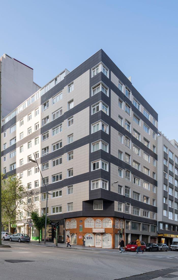 Edificio de viviendas en Ronda de Outeiro (A Coruña)