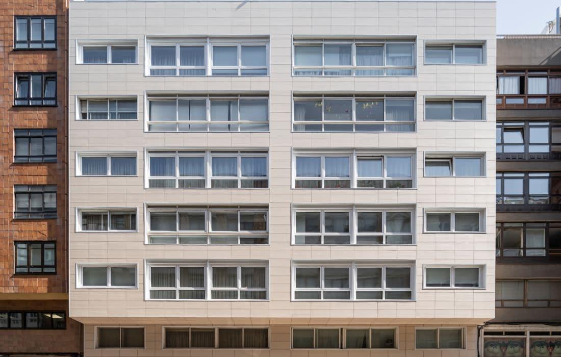 Edificio de viviendas en Avenida de Rubine (A Coruña)